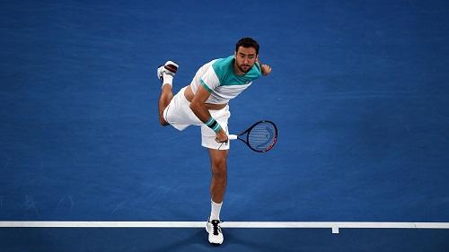 Nhưng Cilic không dễ đầu hàng. Ảnh: Tennis Australia.