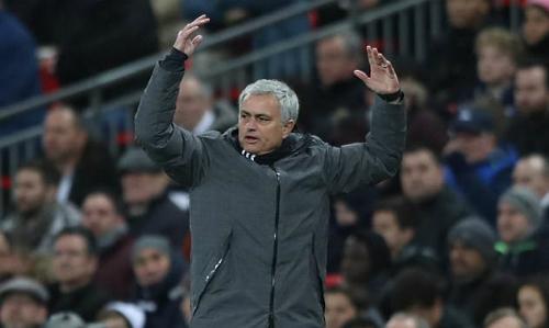 Mourinho mỉa mai học trò sau thất bại trước Tottenham