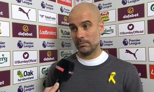 Guardiola nói ông còn đủ 7 cầu thủ để đá dự bị. Ảnh: Sky Sports.