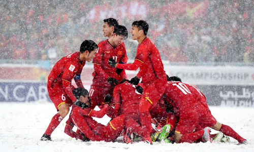 Thầy trò HLV Park Hang-seo sắp được lĩnh toàn bộ số tiền thưởng mà các doanh nghiệp hứa và đã chuyển đến thông qua VFF. Ảnh: AFC.