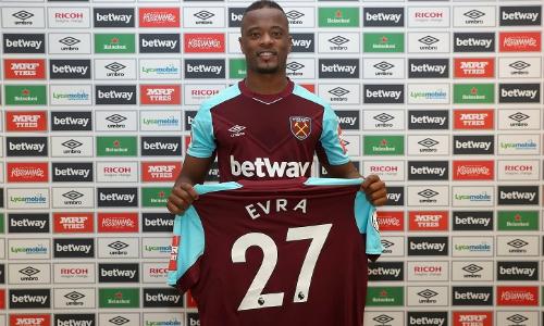 Patrice Evra trở lại Ngoại hạng Anh, khoác áo West Ham