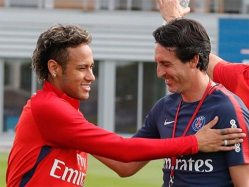 Emery luôn tin rằng Neymar sẽ giúp nâng tầng PSG. Ảnh: AFP.