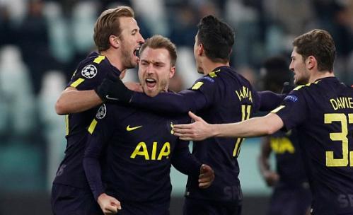 Tottenham giành lại một điểm nhờ tinh thần không bỏ cuộc. Ảnh: Reuters.