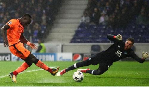 Mane ghi hat-trick, Liverpool đè bẹp Porto trên sân khách - ảnh 1