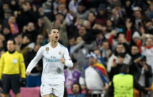 Ronaldo vượt qua con số 100 bàn ghi cho Real ở Champions League - ảnh 1