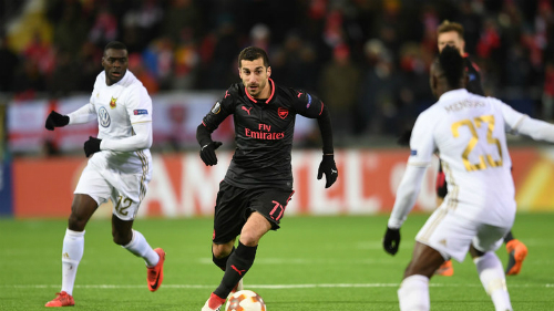 Không ghi bàn nào, nhưng Mkhitaryan có đóng góp vào lối chơi của Arsenal và được bình chọn là cầu thủ hay nhất trận. Ảnh: Sky.