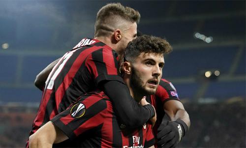 Milan được an ủi khi tiến thêm một vòng nữa ở Europa League. Ảnh: LaPresse.