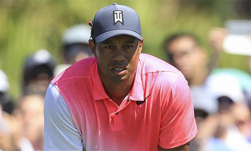 Tiger Woods chưa có vòng golf nào âm gậy tại Honda Classic năm nay nhưng vẫn vượt qua nhát cắt.