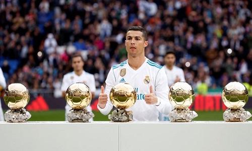 Ronaldo nói anh muốn có thêm từ một đến ba Quả Bóng Vàng. Ảnh: Reuters.