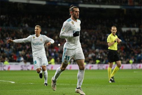 Bale sớm đưa đội chủ nhà vượt lên.