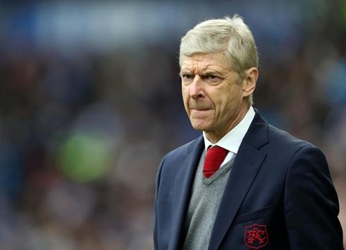 Tương lai của Wenger sẽ được cân nhắc qua từng trận