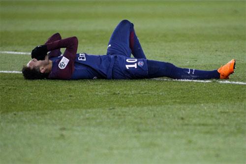 PSG bán tháo cầu thủ, đòi 491 triệu đôla cho Neymar