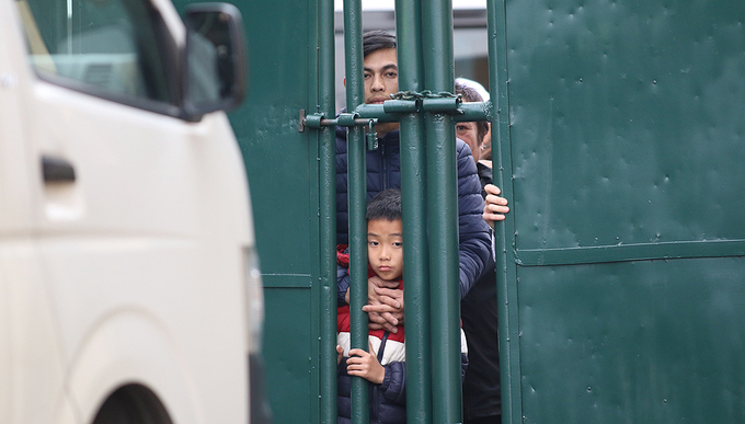 Nam Định bị cầm hoà trong ngày 'chảo lửa' Thiên Trường chật kín khán giả