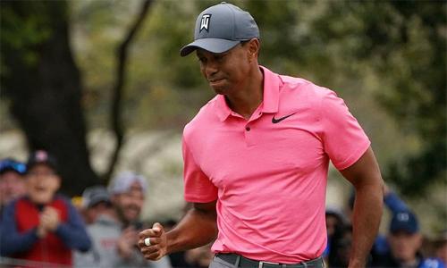 Tiger Woods tiếp tục chơi tốt tại Valspar Championship khi đạt tỷ lệ đưa bóng lên green chính xác 77,78%.