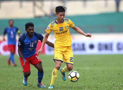 Văn Đức được HLV Đức Thắng trọng dụng thường xuyên sau thành công cùng U23 Việt Nam. Ảnh: Quang Minh