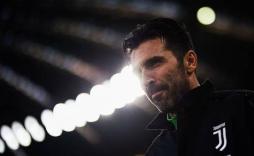 """Buffon: """"Astori qua đời khiến tôi trở lại tuyển Italy"""""""