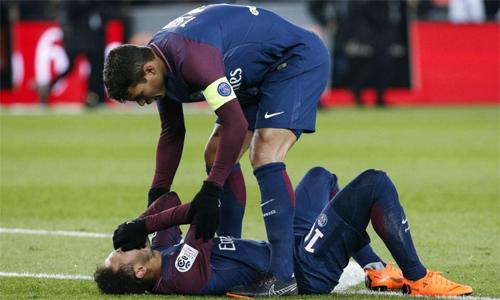 Bác sĩ tiết lộ nỗi sợ của Neymar khi dính chấn thương