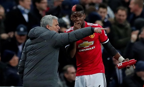 Mourinho đang đối xử cứng rắn với Pogba. Ảnh: Reuters.