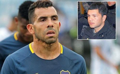 Tevez dính chấn thương khi đi thăm tù