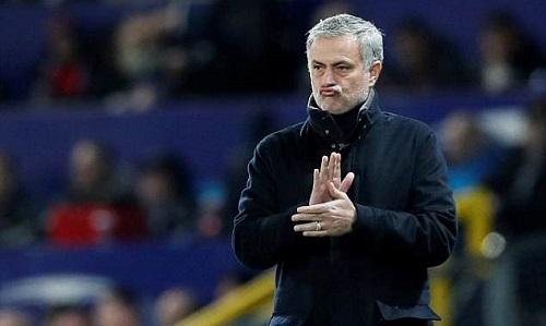 """Mourinho được đồng nghiệp ca ngợi là """"Vua bóng đá"""""""