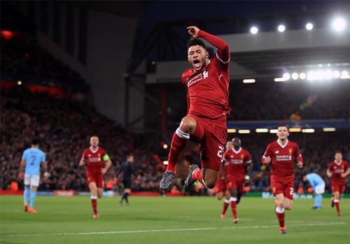 CĐV Liverpool cảm ơn Arsenal vì bán Oxlade-Chamberlain
