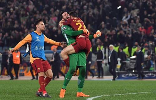 Roma ngược dòng ngoạn mục trước Barca để giành vé vào bán kết. Ảnh: AFP.