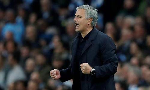 Mourinho ước đổi thắng lợi ở derby lấy danh hiệu Ngoại hạng Anh
