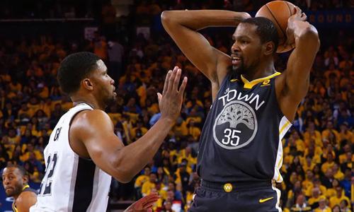 Durrant khỏa lấp nỗi nhớ Curry, Warriors thắng dễ Spurs - ảnh 1