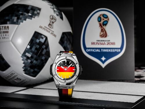 Hàng loạt trọng tài WorldCup 2018 mang đồng hồ thông minh Hublot ra sân - ảnh 2