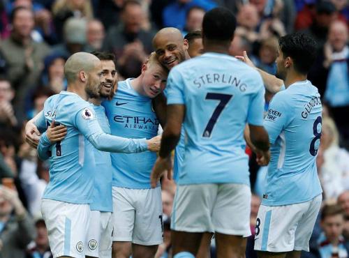 Kết quả Man City 5-0 Swansea: Nhà vô địch là như vậy