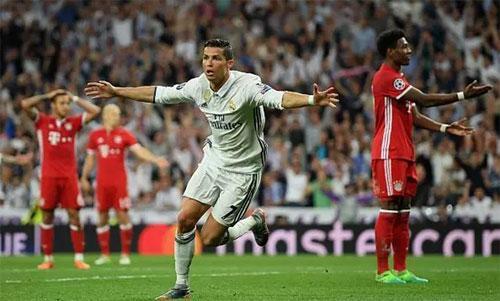 Ronaldo là một ác mộng với Bayern trong quá khứ. Ảnh: Reuters