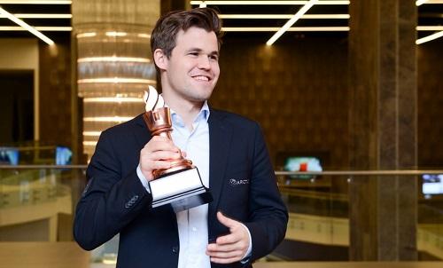 Carlsen đang có phong độ cao trên hành trình bảo vệ ngôi Vua cờ. Ảnh: Shamkir.