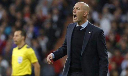 Zidane dành những lời khen cho Benzema và Navas sau trận bán kết lượt về. Ảnh: Marca.
