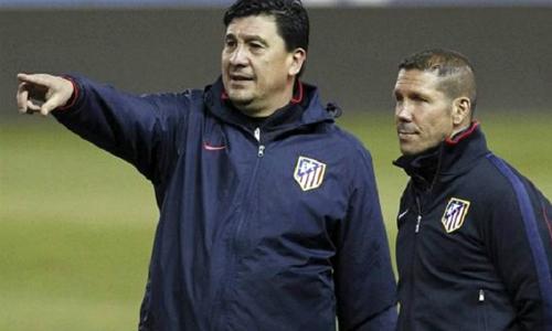 Trợ lý Burgos từng nhiều lần thay Simeone chỉ đạo các cầu thủ Atletico Madrid thi đấu.