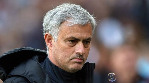 Mourinho chưa thể vô địch Ngoại hạng Anh cùng Man Utd. Ảnh: Reuters.