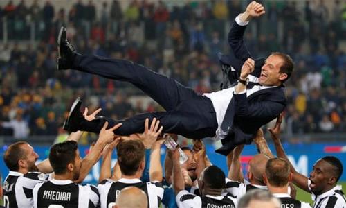 Allegri từ chối Arsenal và Chelsea, ở lại Juventus