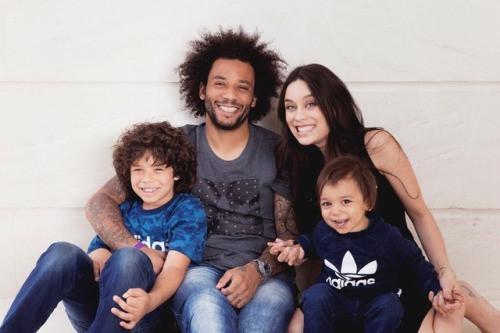Con trai Marcelo gây sốt khi chơi bóng cùng cầu thủ Real - ảnh 2