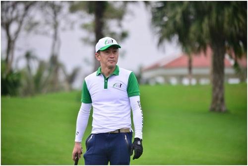 Ông Maki  Tổng giám đốc tập đoàn Fujiken Nhật Bản, cũng là một golfer trong giải đấu lần này.