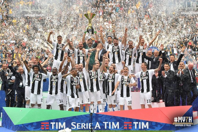 CĐV Juventus rơi lệ từ biệt Gianluigi Buffon