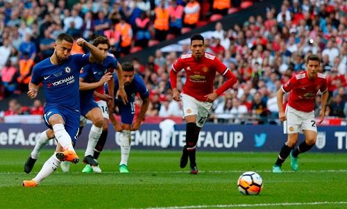 Pha đá phạt đền thành công của Hazard là tình huống định đoạt kết quả trận đấu. Ảnh: AFP.