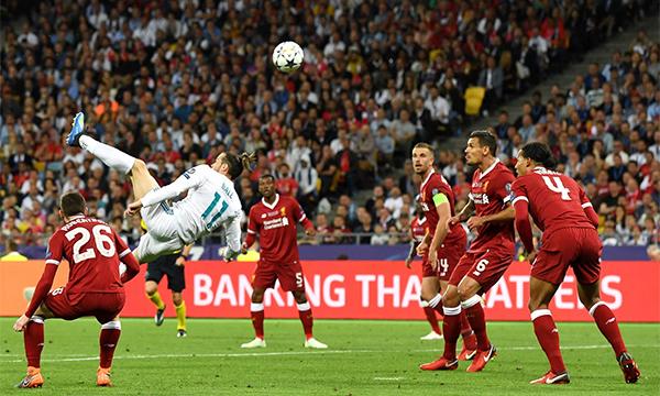 Bale trong tình huống ghi bàn đẹp mắt, tạo ra bước ngoặt thuận lợi cho Real Madrid. Ảnh: UEFA.