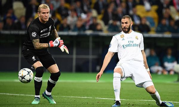 Thủ môn Karius trở thành mắt xích yếu nhất của Liverpool, khiến họ thua trận chung kết. Ảnh: AFP.