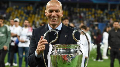 Zidane bên danh hiệu Champions League thứ ba chỉ sau hai mùa rưỡi dẫn dắt Real. Ảnh: Reuters.