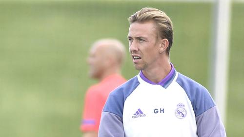 Guti là lựa chọn thú vị khi ông mới có kinh nghiệm làm việc với đội trẻ Real.