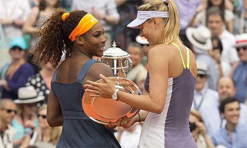 Serena hạ Sharapova tại chung kết Roland Garros 2013. Ảnh: USA Today.