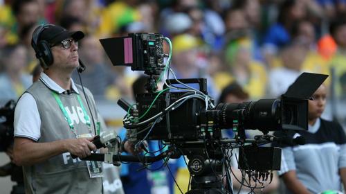 Người hâm mộ Việt Nam, sau rất nhiều thắc thỏm, chờ đợi, cũng có thể yên tâm chuẩn bị đón xem World Cup 2018 trên sóng truyền hình quốc gia.