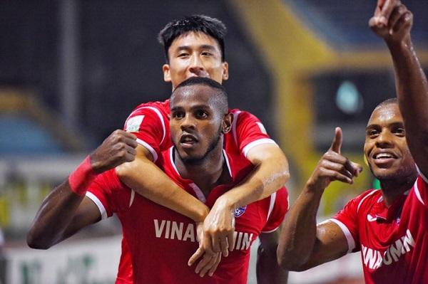 Quảng Ninh sớm vượt lên, nhưng đó là điểm nhấn duy nhất của đội khách. Ảnh: Giang Huy.