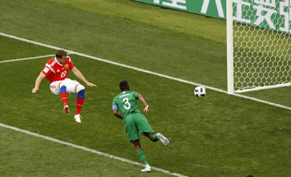 Nga giành chiến thắng năm sao trong trận mở màn World Cup 2018 - ảnh 1
