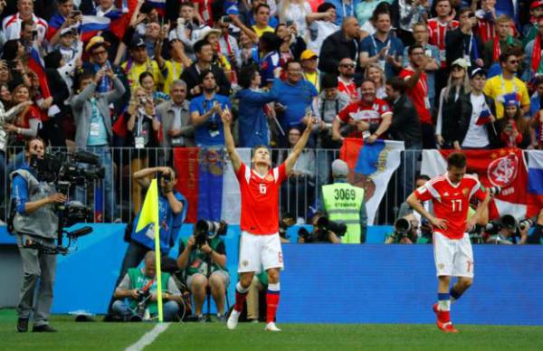 Nga 2-0 Ảrập Xêút (hiệp hai): Cựu cầu thủ Real ghi bàn cho chủ nhà - ảnh 3