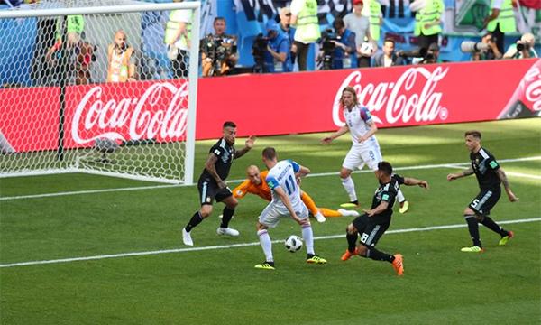 Argentina 1-1 Iceland (hết hiệp 1) - ảnh 5